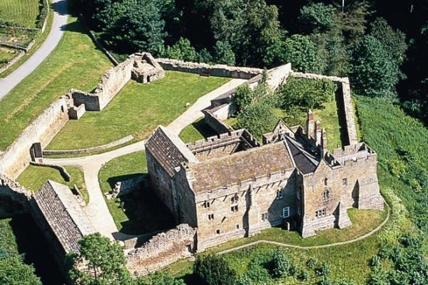 Vn Medium Aerial Photo Of Aydon Castle