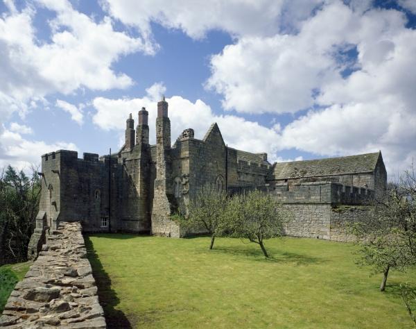Aydon Castle - side view