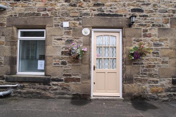Outside Castle Dene View