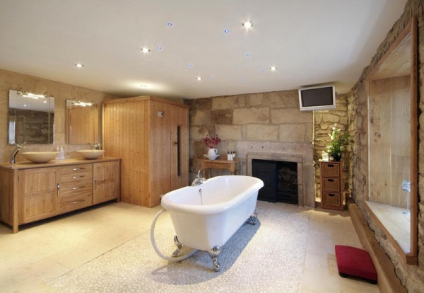 Bathroom at Sandyford House