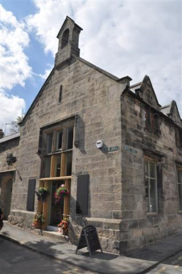 Tomlinson\'s Cafe & Bunkhouse