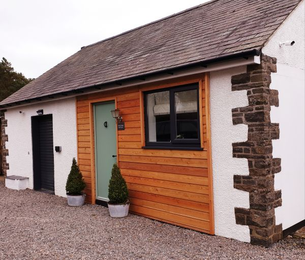 Aquila Cottage Exterior