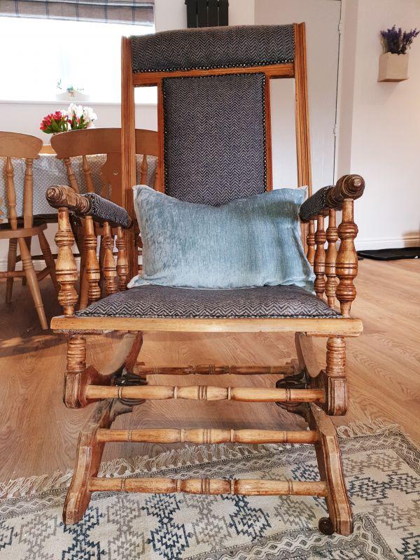 Aquila Cottage furniture